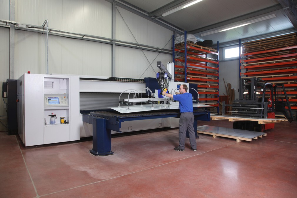 VACUUM LIFTING DEVICES VACUMASTER FOR WOODEN
